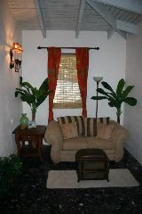 Mimosa Suite sitting area